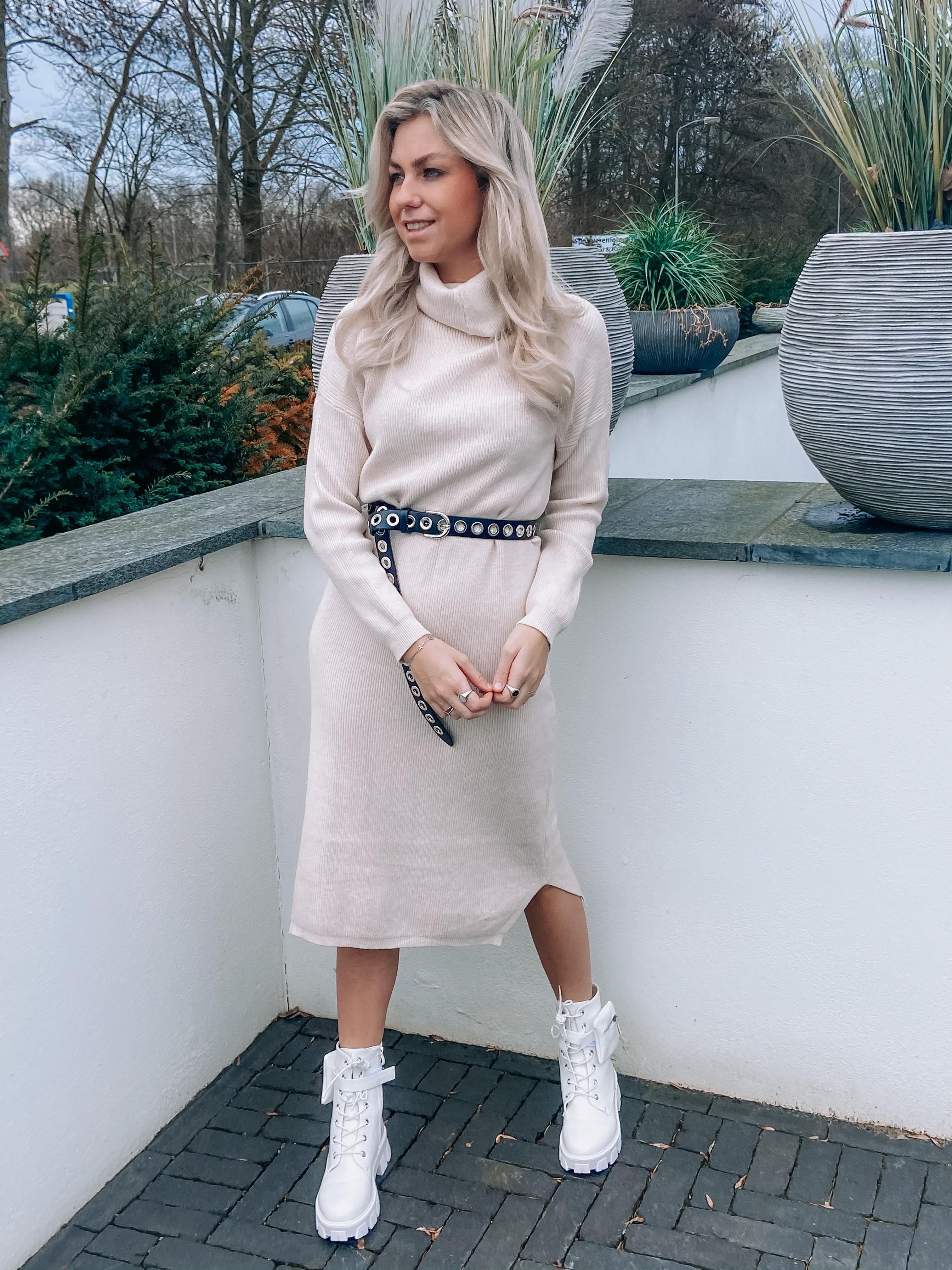 Kiara sweater dress creme