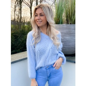 Amber sweater blue