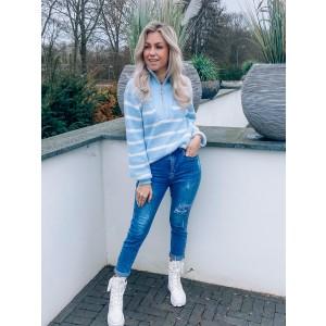 Vennah sweater light blue stripe