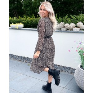 Sara-louise leopard dress creme/black