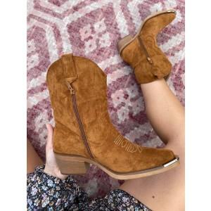 Claire suède shoes camel
